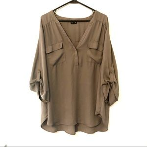 Torrid Gray flowing Blouse size 3X